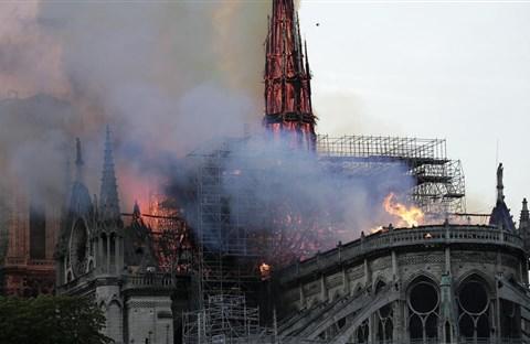 Hát cho Nhà thờ Chính Tòa Paris